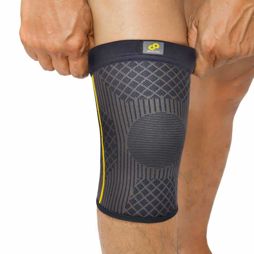 Bracoo Knee Sleeve, Compression Support & Pain Relief for Athletic, ACL, Crossfit, Running & Injury Recovery, Guardian, KE90