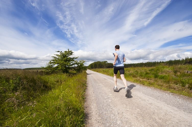 Marathon Tips: Running Vs Walking Which One To Choose?